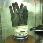 museum -rus fire gloves